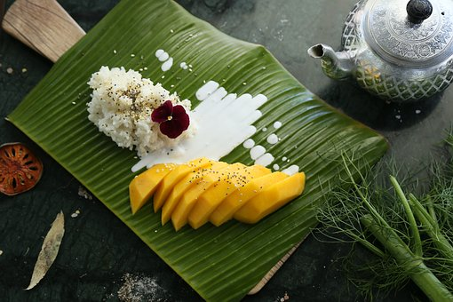 mango sticky coconut rice